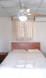 If you're looking for a room for rent in Pedasi, habitaciones para alquilar in Pedasi, hotel in Pedasi, hostel in Pedasi, bed & breakfast in Pedasi, lodging in Pedasi, or hostal in Pedasi, Casa Loma has great rooms, well decorated, and Value Priced.
