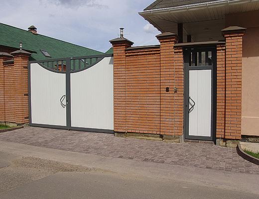 Производство распашных ворот Москва