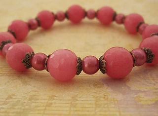 Pink Quartz and Shell Pearl Bracelet.jpg