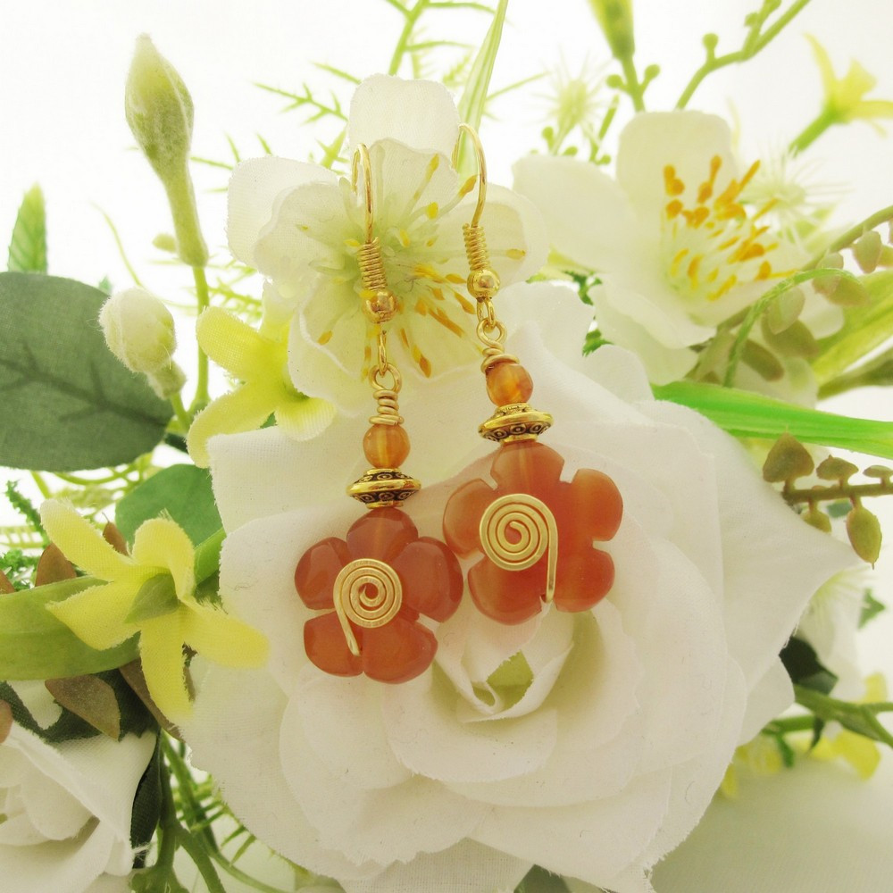 Pretty flower earrings in orange agate with gold plated ear wires