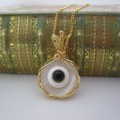 Shell Pearl Vintage Button Necklace