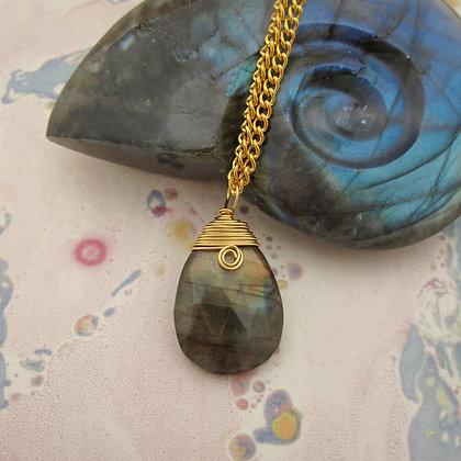 Aurora Pendant with Labradorite
