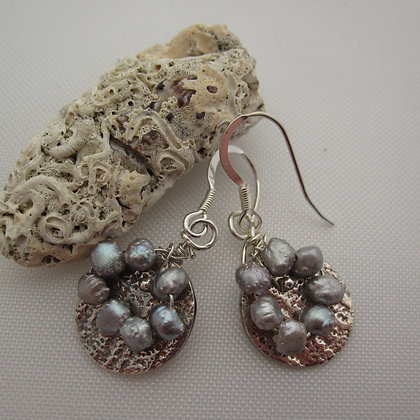 Handcrafted Silver Earrings with grey pearls