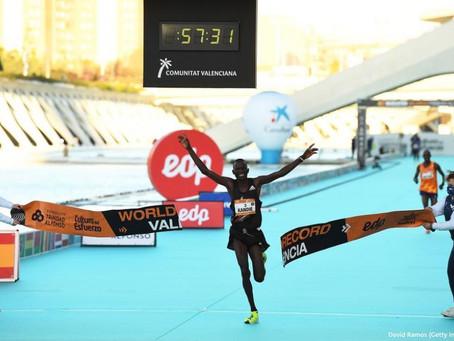 Record del mondo alla 1/2 maratona di Valencia