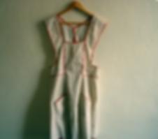 apron hanging.png