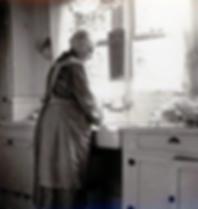 grandma apron1.png