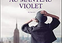La femme au manteau violet de Clarisse Sabard
