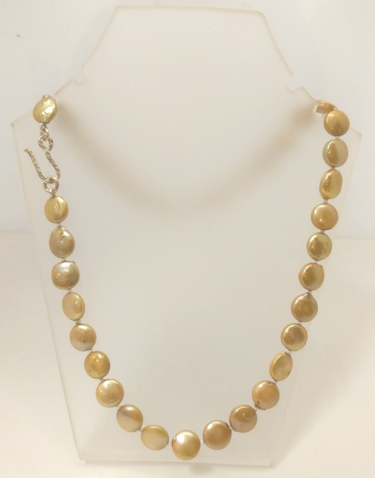 Small Gold Coin Pearl Necklace