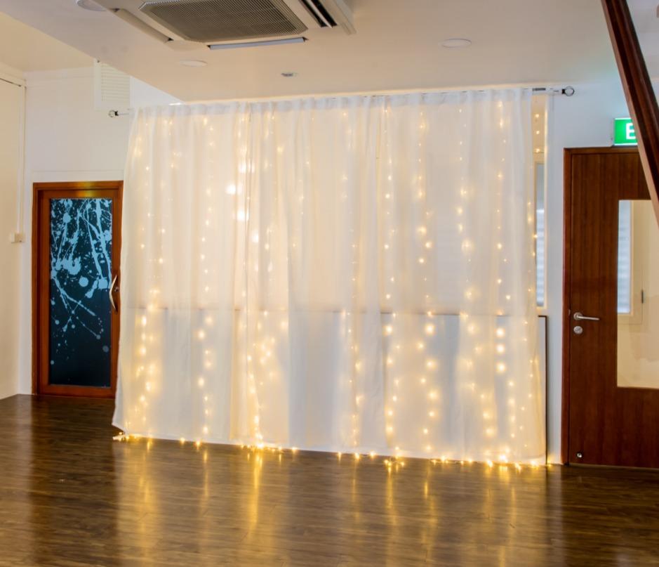 fairy light in birthday venue