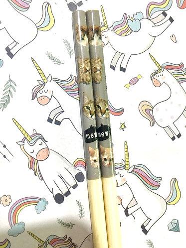 Cat chopsticks
