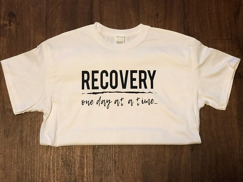 RECOVERY - one day at a time... - Basic T-shirt - Unisex