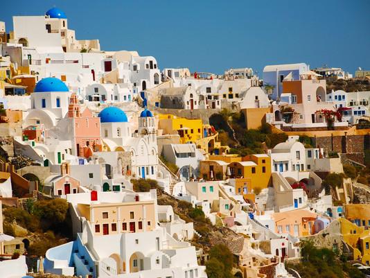 Compravendita di casa-vacanza: dove la scelgono milanesi e romani?