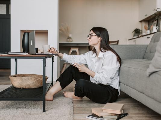 Vado a vivere… da solo: aumenta il numero di single che comprano casa