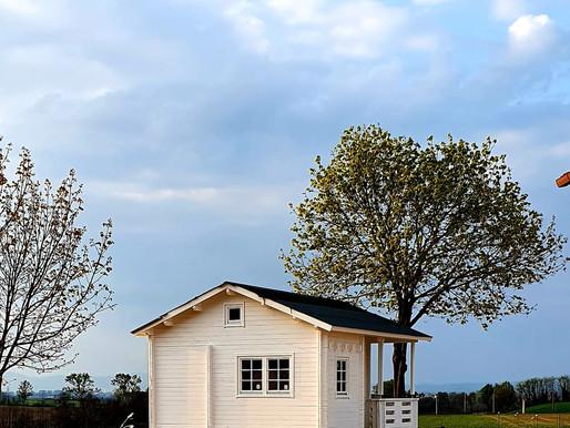Giardino e relax: tornare bambini con una casetta in legno tutta da vivere