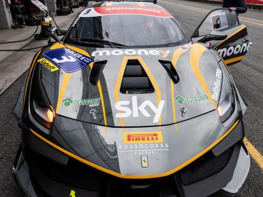 Il Gruppo Tecnocasa sponsor di Rossocorsa Racing nel prestigioso campionato europeo