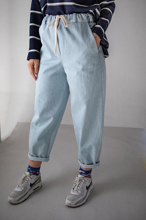 Jeans sportivo azzurro chiaro