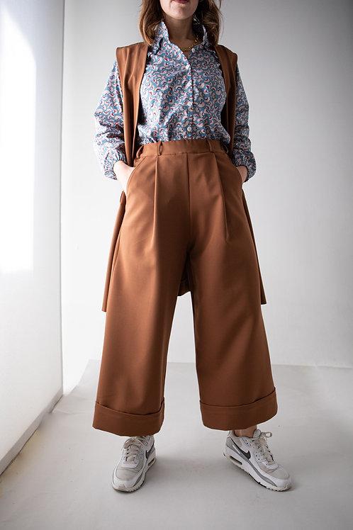 Pantalone palazzo con risvolto testa di moro