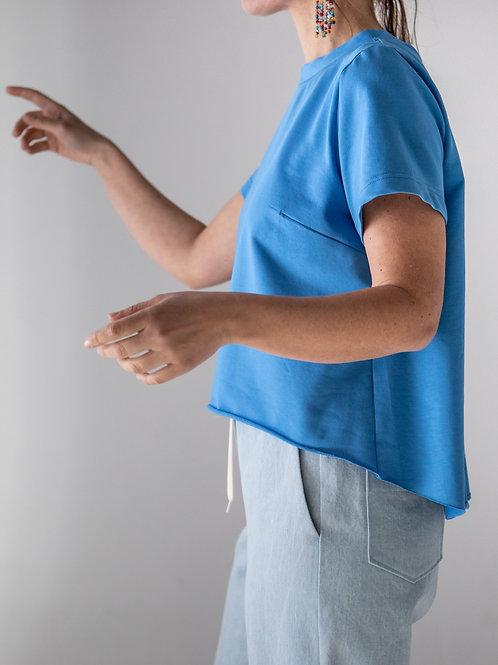 T-shirt asimmetrica celeste