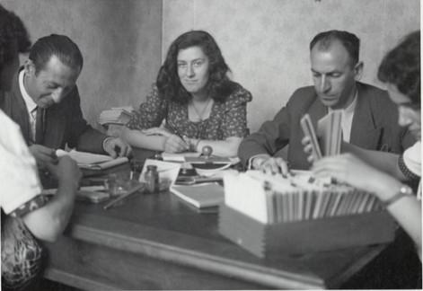 Milano 1945 Profughi ebrei si registrano