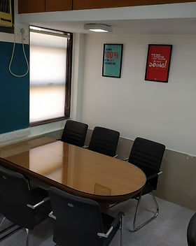 Pursuit Study Room Image 1