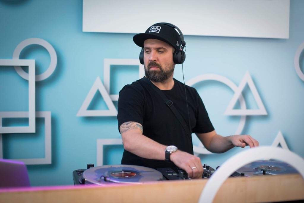 Mołotkin DJ
