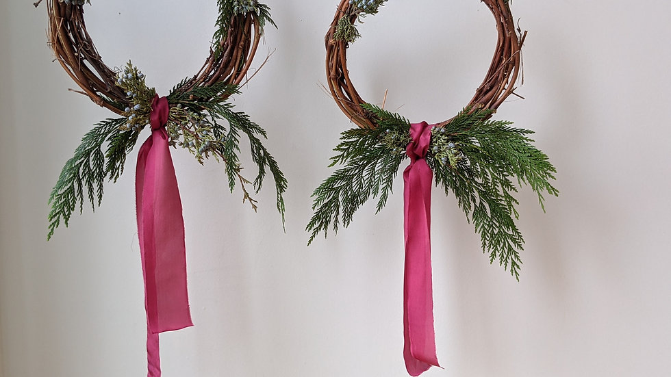 Small Cedar+ Juniper Wreath