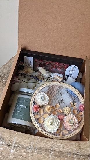 Local Box of Love 002