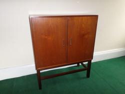 LP cabinet front