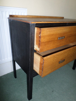 EEbonised chest drawer details