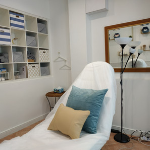 TreatmentRoom-Bed