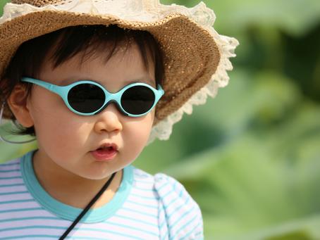 Rayos UV en niños, ¿cómo proteger sus ojos?