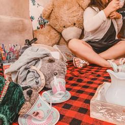 Javalina's love tea too