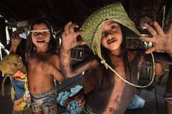 As meninas Tekaprêc e Irãnkwyj. Vila Krahô Santa Cruz, Tocantins, Brasil, 19/7/2016