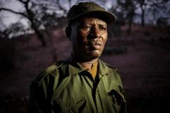 Chefe da patrulha florestal. Maasai Mara, Tanzânia 2015.