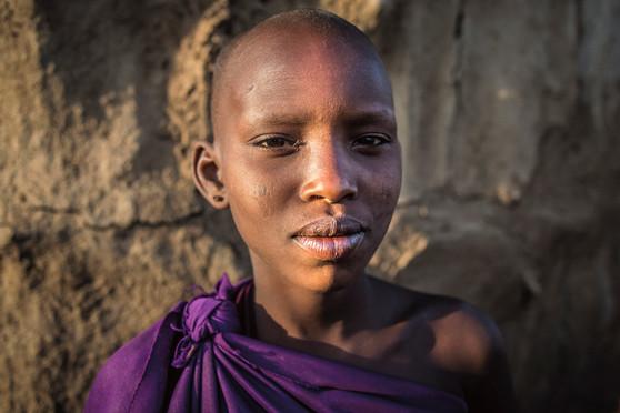Adolescencia Maasai. Aldeia Maasai, Tanzânia 2015.