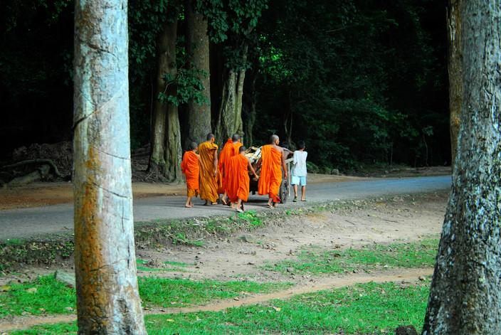 Young monks at Angkor Wat (Cambodia)