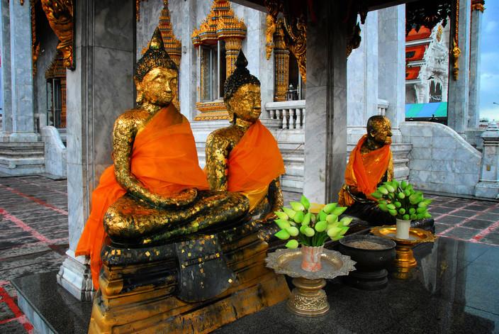 Buddhist temple at Bangkok (Thailand)