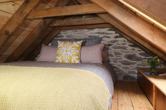 Kingsize mezzanine bed