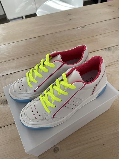 Sneakers Ovye'