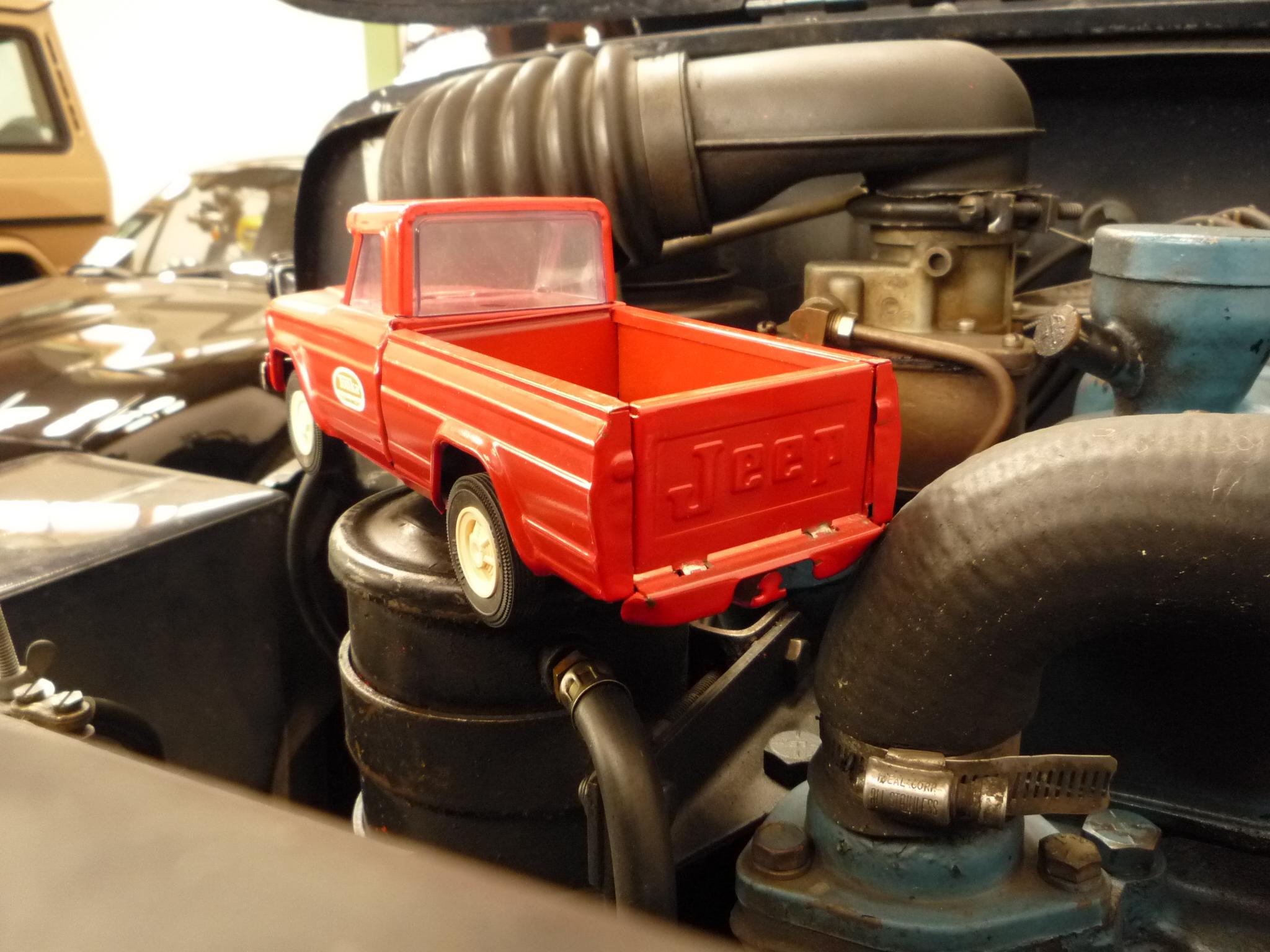 """Vintage """"Tonka"""" Pickup Jeep"""