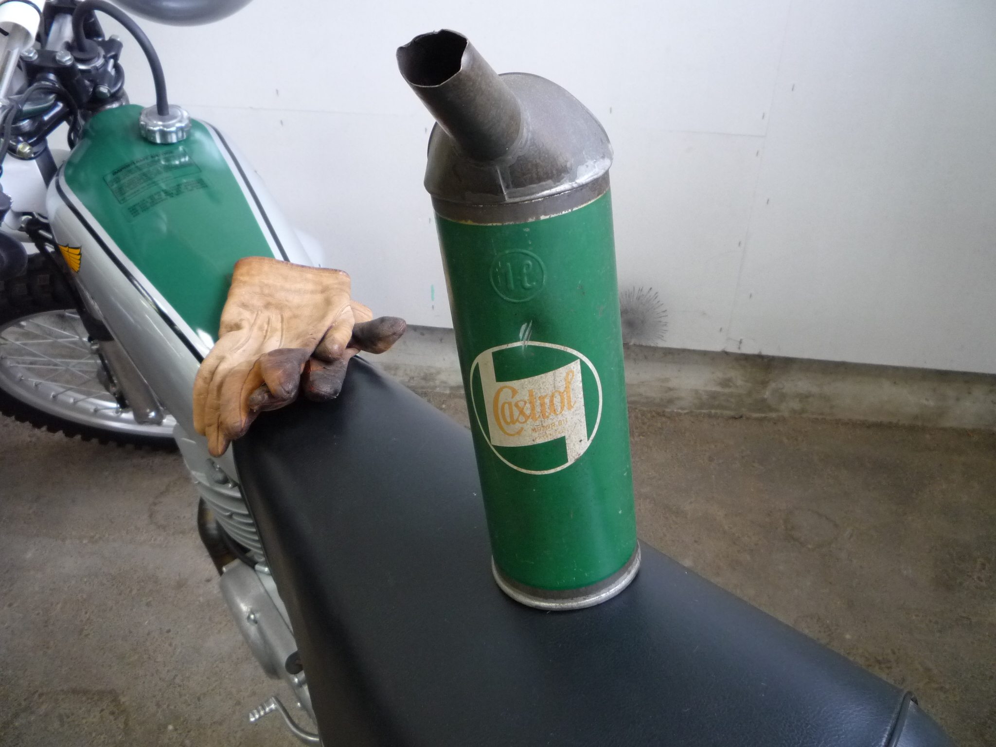 Old Castrol-Oil Can