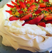Invited for dinner last night, brought a pillowy #Pavlova for dessert. Didn't last long 😂❤️_._.jpg