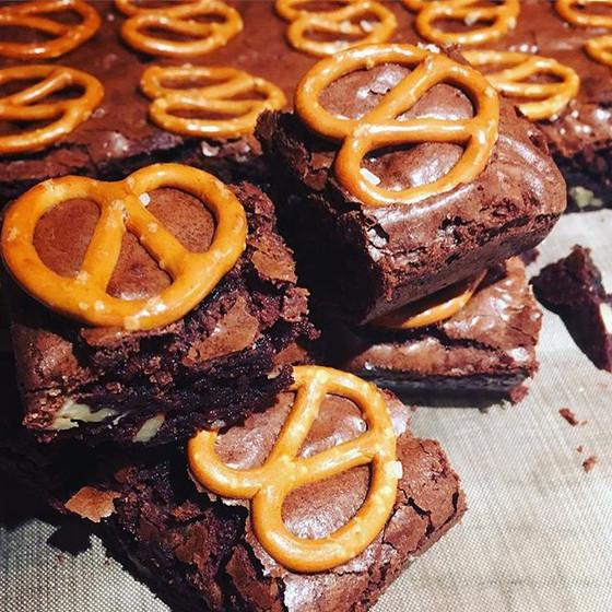 Recipe: Squidgy Chocolate Brownies & Cheltenham Science Festival