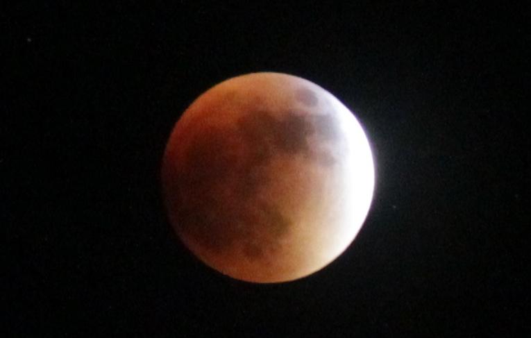 Luna eclipse 2015 b
