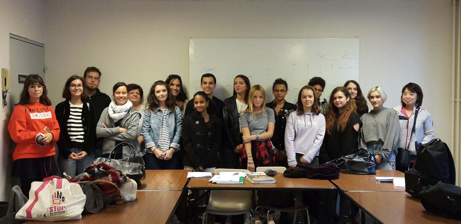 Les belles et beaux élèves du cours de coréen!