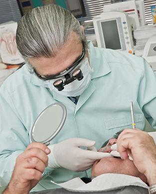 dentist-2530988_1920.jpg