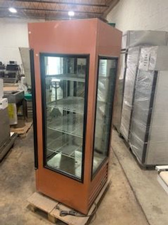 USED BAKERY DISPLAY CASE AND DESSERT