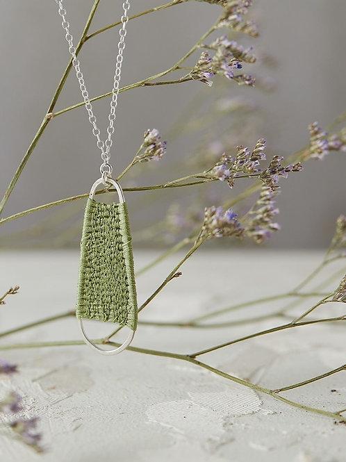 Small Alba necklace Olive