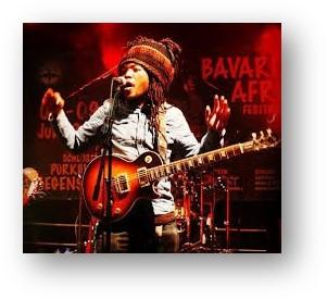 Weitere Spenden werden über den Musiker Abdou Day nach Madagaskar verbracht