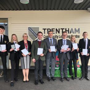 Jack Brereton MP awards Rakuten Kobo's gift of 30 eReaders and £300 of store credit to local school